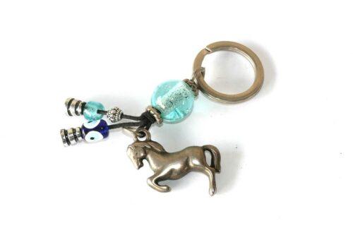 מחזיק מפתחות לגבר