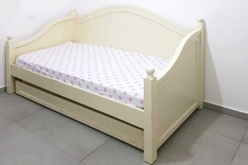 מיטה מעוצבת לילדה