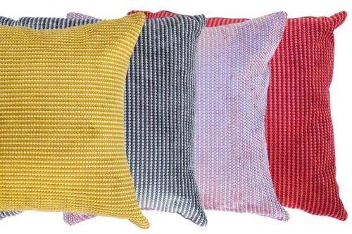 כריות ספה צבעוניות