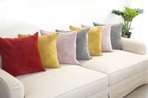 כריות צבעוניות לספה