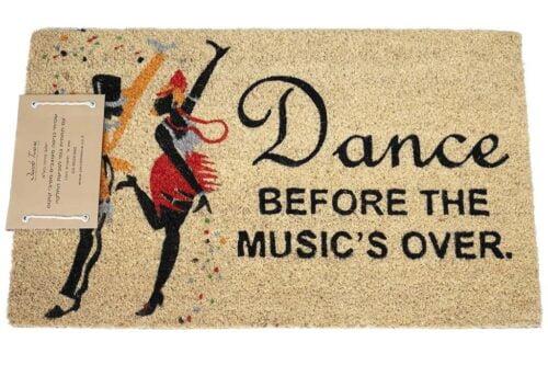 שטיח כניסה מוזיקה