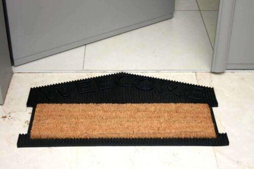שטיח כניסה בית