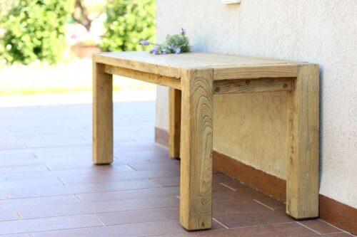 ספסל עץ לפינת אוכל