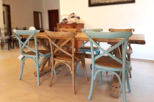 שולחן אוכל כפרי מעץ טבעי