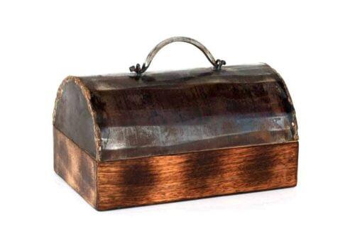 קופסה מיוחדת מעץ ופח