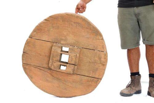 גלגל עץ דקורטיבי כפרי