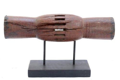 פריט עיצוב אותנטי מעץ