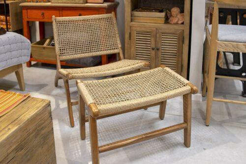 כורסא והדום בסגנון טבעי