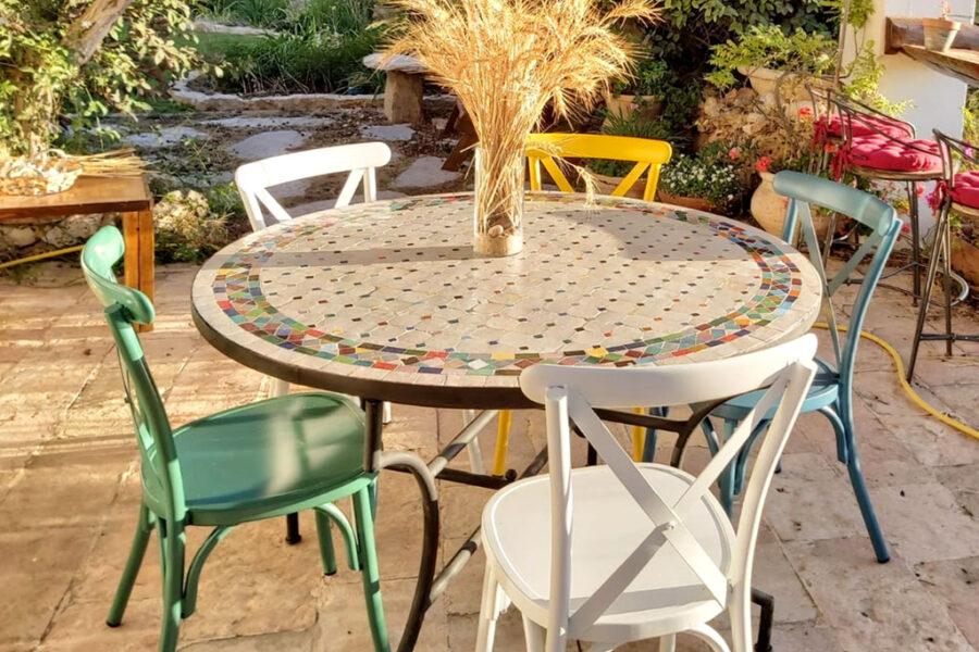 כסאות גינה צבעוניים