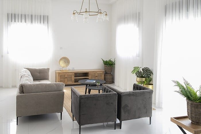 רהיטים להשכרה בדירה