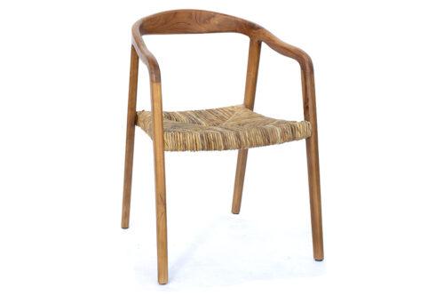 כסא עץ אלגנטי