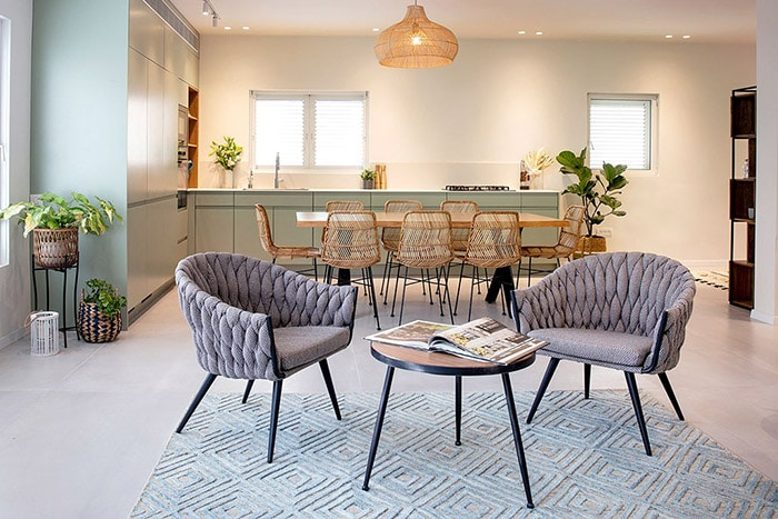 השרת רהיטים לדירות למכירה