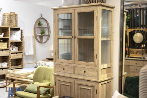 ארון עץ וזכוכית ויטרינה